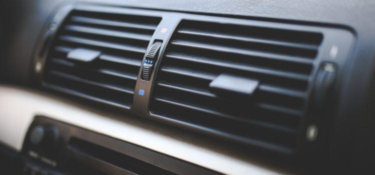 Cara Menghilangkan Bau Dari Sistem Ventilasi AC Mobil yang bisa anda lakukan sendiri